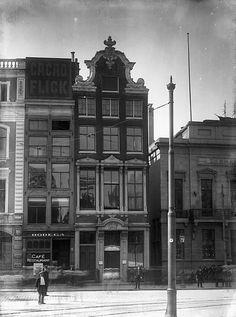 Dam Amsterdam, oude bebouwing op plaats van huidige Peek en Cloppenburg gebouw