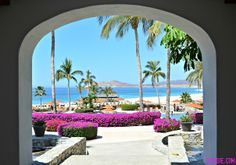 Welcome to Zoetry Casa del Mar Los Cabos! Wow, your entrance to #UnlimitedRomance