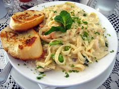 Seafood Alfredo Pasta