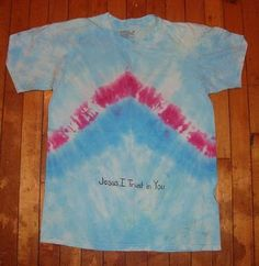 How to Tie Dye a Divine Mercy Shirt