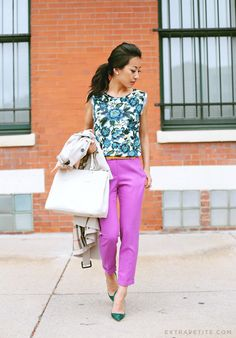 Pink Street Chic Crop Trousers # Petite - Pre Fall Trends Of Summer/Pre Fall Apparel Crop Trousers Trousers Pink Trousers Street Chic Trousers Clothing Trousers 2014 Trousers Apparel Trousers How To Style Loft Outfits, Office Outfits, Classy Outfits, Office Attire, Stylish Outfits, Spring Summer Fashion, Autumn Fashion, Preppy Style, My Style