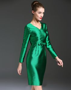 Check the details and price of this Green Solid V Neck Bodycon Mini Dress (Green, GYALWANA) and buy it online. VIPme.com offers high-quality Bodycon Dresses at affordable price.