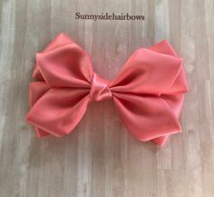 Coral Boutique hairbow, Coral Hair Bow Clip, Large Coral hair bows, Girls Big Coral bows, Big Coral hair bows, Coral ponytail bow by SunnySideHairBows on Etsy Black Hair Bows, Red Hair Bow, Girl Hair Bows, Flower Hair Bows, Flowers In Hair, Handmade Hair Accessories, Wedding Hair Accessories, Bow Hair Clips, Bow Clip