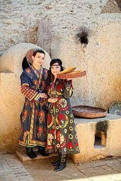 Özbek Türkü çiftler