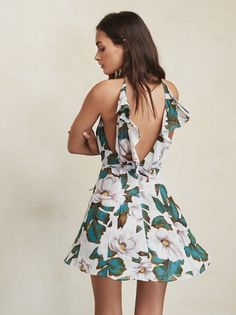 How do you show a lot of skin and still look like a lady? The Hali Dress. https://www.thereformation.com/products/hali-dress-colada?utm_source=pinterest&utm_medium=organic&utm_campaign=PinterestOwnedPins