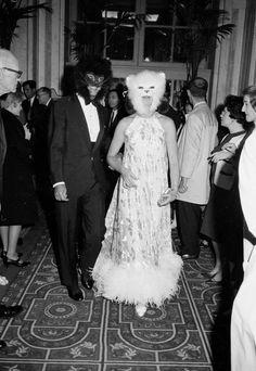 Oscar de la Renta and Francoise de Langlade at Truman Capote's Black and White ball