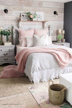 Mid-Winter-Schlafzimmer Facelift , Source by The post Mid-Winter-Sch Cute Bedroom Ideas, Girl Bedroom Designs, Room Ideas Bedroom, Teen Room Decor, Home Decor Bedroom, Bedroom Colors, Diy Bedroom, Girls Bedroom, Teen Room Colors