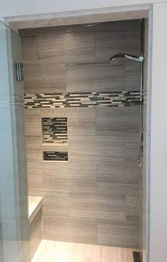 Shower niche with horizontal mosaic background and accent border Combination of wall niche and horizontal accent - not sure I am a fan. Niche integrate with accent horizontal Tile Shower Niche, Bathroom Tub Shower, Loft Bathroom, Tub Shower Combo, Master Shower, Master Bathrooms, Guest Bathroom Remodel, Shower Remodel, Bath Remodel