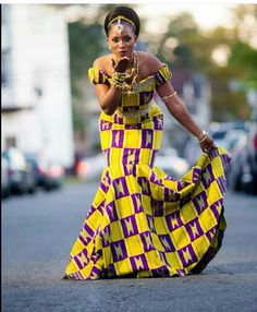 Style Inspiration: See Long Flowing African Fashion Gowns That Have Gone Viral Ghana Wedding Dress, African Wedding Dress, African Print Dresses, African Dresses For Women, African Attire, African Wear, African Fashion Dresses, African Women, African Prints