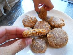 Coconut Peanutbutter and Apricot dehydrator cookies- fast, gluten and grain free