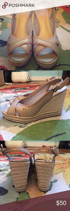 """Tommy Hilfiger gold platform heels, 7.5 Beautiful gold platform heels from Tommy Hilfiger, size 7.5. Only worn once for an event. In excellent, basically new condition. 1"""" platform and 3"""" heels, adjustable back straps. Tommy Hilfiger Shoes Platforms"""