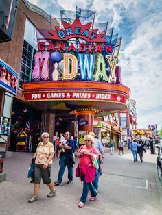 Clifton Hill, Niagara Falls | SuitcaseandHeels.com