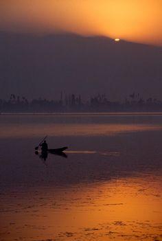Evening-Sun-Set-Dal-Lake-Vale-of-Kashmir-Dal-Lake-Srinagar-Kashmir