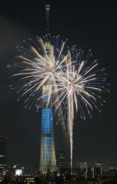 fireworks show Fireworks Art, Tokyo Skytree, Fire Works, Japanese Modern, Hanabi, Great View, Cool Wallpaper, View Image