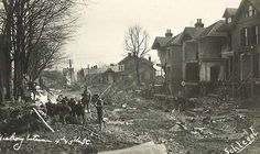 Hickory Street again from March 1913 flood.