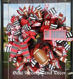 Bella Wreaths and Decor by BellaWreathsAndDecor on Etsy College Gameday Signs, College Games, College Game Days, Georgia Bulldogs, Georgia Bulldog Wreath, Summer Wreath, 4th Of July Wreath, Georgia Wreaths, Memorial Day Flag