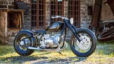 What better way to honour one of the favourite BMW motorcycles of all time than by creating a dedicated hommage bike to showcase all the classic beauty of the original?