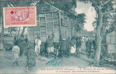 Manually moving a house: SAINT-LOUIS (Senegal) , Un jour de rez de maree,Le Transport des maisons indigenes, PU-1909 Item# SCVIEW410692 (259220956)