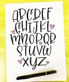 - Handlettering - Alphabet - Welcome Hand Lettering Alphabet, Doodle Lettering, Creative Lettering, Calligraphy Letters, Brush Lettering, Handwriting Fonts Alphabet, Penmanship, Letter Alphabet Fonts, Font Styles Alphabet