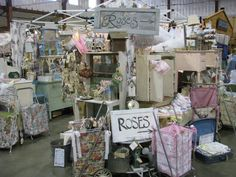 flea market booth decorating ideas- we should check out the flea markets in Denver too!