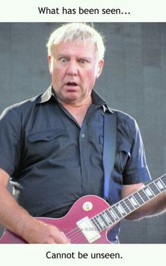 """Alex Lifeson - another example of """"No matter how awesome you become, never take yourself too seriously"""""""