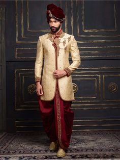 Shop Golden jamawar indo western online from G3fashion India. Brand - G3, Product code - G3-MIW0536, Price - 17995, Color - Gold, Fabric - Jamawar,