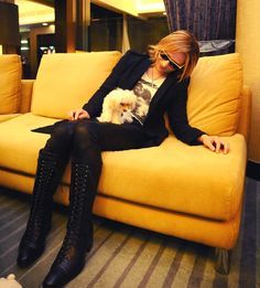 <3<3<3 Yoshiki and melody <3<3<3 (Aww)