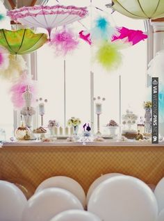 whimsical dessert table with vintage umbrellas (photo by Tinywater) | VIA #WEDDINGPINS.NET