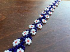 Mavi Çiçekli Bileklik