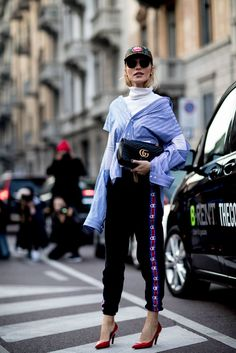 Best Street Style at Milan Fashion Week Fall 2017 | POPSUGAR Fashion Photo 130