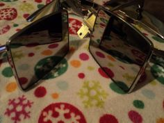 VINTAGE lot of 2 FORD EXTERIOR SIDE VIEW CHROME MIRRORS 17713AB 17743AB (Always free shipping)