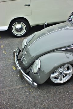Early VW Bug #platinumrydez