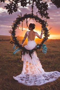 Trendy Bohemian Wedding Decorations ❤ bohemian wedding hoop shaped swing with greenery and blue orchids najudecastro wedding inspiration Trendy Bohemian Wedding Decorations Perfect Wedding, Dream Wedding, Wedding Day, Boho Wedding, Wedding Beach, Wedding Swing, Wedding Nails, Wedding Makeup, Tulle Wedding