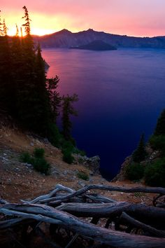 Crater Lake, Oregon | Daniel Hadley