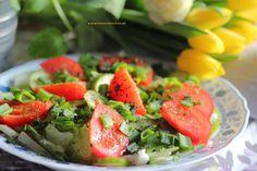 Wiosenna sałatka z grillowanym stekiem z tuńczyka (1)