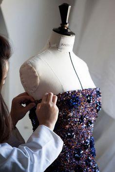 Cannes 2015: La robe Dior haute couture de Marion Cotillard en 4 etapes de fabrication