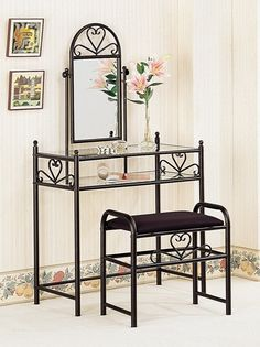 The 3 pc nickel bronze finish bedroom vanity make up sets are the best choice to make your bedroom more classical and traditional. The nickel bronze finish of this product is very supporting any color of your current bedroom