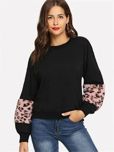 To find out about the Drop Shoulder Contrast Faux Fur Sweatshirt at SHEIN, part of our latest Sweatshirts ready to shop online today! Sweat Shirt, Romwe, Sweaters And Jeans, Pullover, Fashion News, Women's Fashion, Faux Fur, Drop, Autumn Fashion