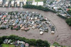 50,000 flee as record rain in Japan kills 10