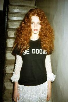 redheads — (via dirtylittlestylewhore) Dope Fashion, Punk Fashion, Grunge Fashion, Cintia Dicker, Flame Hair, Ginger Girls, Gorgeous Redhead, Auburn Hair, Ginger Hair