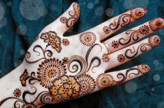 Mehndi Designs 2015 The mehndi is a social norm that has been practiced for a long time in the regions of sub continent and still women love to adopt unique (...)