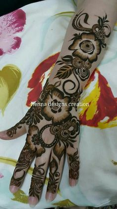 Full Mehndi Designs, Floral Henna Designs, Arabic Henna Designs, Mehndi Designs For Fingers, Mehndi Design Pictures, Mehndi Images, Bridal Mehndi Designs, Beautiful Rangoli Designs, Mehedi Design