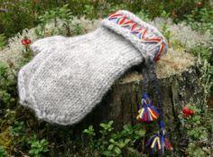 A Polar Bear's Tale: The history of the Swedish Lovikka Mittens Knit Mittens, Mitten Gloves, Swedish Fish, Swedish Style, Needlepoint, Knit Crochet, Cross Stitch, Crafty, Wool