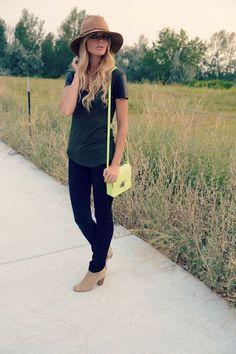 shirt: zara / skinnies: j brand / booties: zara / purse: hm / hat: nordstrom