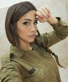 Israel Defence Forces veteran Orin Julie is fully loaded : theCHIVE Idf Women, Military Women, Israeli Female Soldiers, Israeli Girls, Military Girl, Girls Uniforms, Girls Rules, Beautiful Women, Portraits