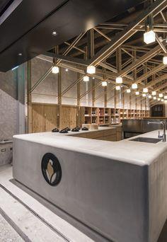 New Led Lighting Bar Interior Design Ideas Retail Interior, Cafe Interior, Interior Exterior, Interior Architecture, Bar Interior Design, Cafe Design, Store Design, Design City, Online Lighting Stores