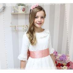 Vestidos de Comunión - Golositos Ropa Infantil Lisa, Girls Dresses, Flower Girl Dresses, Communion Dresses, Wedding Dresses, Fashion, Pink Silk, Plunging Neckline, Skirts
