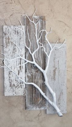 Home decorating ideas driftwood crafts, barn wood crafts, fun diy crafts, f Diy Wall, Wall Decor, Deco Nature, Nature Decor, Nature Tree, Driftwood Art, Home And Deco, Wood Pallets, Pallet Wood
