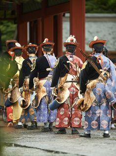 The chaps are lined! Archer for Yabusame Festival dressed in ancient costume, Kamakura, Japan