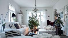Julebolig: Jul med stjerner og julekugler